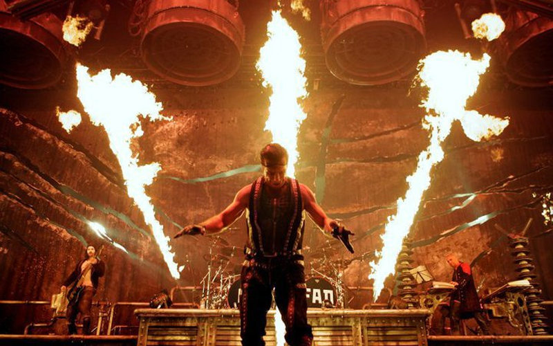 UPDATED: Rammstein Says that Frontman Till Lindemann Tested Negative For Coronavirus
