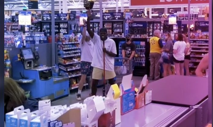 """Here's Some Dude Yelling PAPA ROACH's """"Last Resort"""" In A Walmart"""