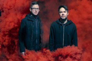 "CHEVELLE Says They ""Haven't Made Any Money"" Off Selling Six Million Records"