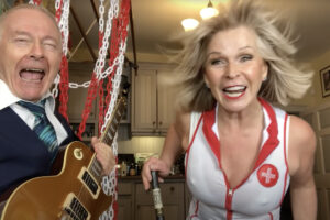 """KING CRIMSON's Robert Fripp & His Wife, Toyah Wilcox Back with ALICE COOPER """"Poison"""" Cover"""