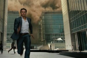 No Big Deal, Just Tom Cruise Running In Moody Fog To Get Us Hyped For Mission: Impossible 7