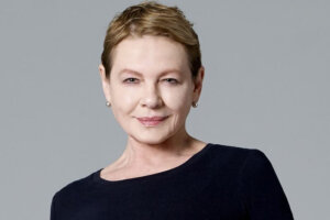 'Coming Soon: Dianne Wiest Joins Jeremy Renner in Mayor of Kingstown for Paramount+'