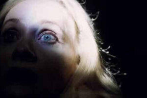 'Slash Film: 'Jakob's Wife' Review: Barbara Crampton Becomes a Vampire and Has Marital Issues in This Gory Horror Comedy [SXSW 2021]'