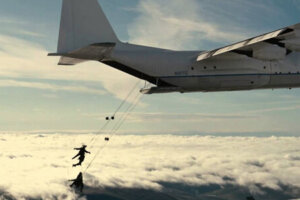 'Slash Film: 'Lift': Simon Kinberg & Matt Reeves Producing Film About a Heist on a Plane'