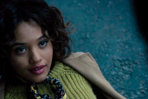 'Slash Film: 'The Flash' Brings Back Kiersey Clemons to Play Iris West Five Years After She Was Originally Cast'