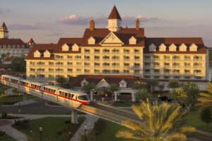 Things To Know About Checking Into Disney World Hotels As MagicBands And The Magical Express Fade Out