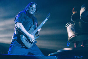 This Video of SLIPKNOT's Mick Thomson Will Haunt Your Dreams