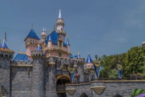 After Confusion About Who's Able To Purchase Disneyland Tickets Right Now, The Theme Park Weighs In
