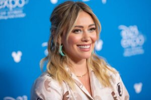 'Coming Soon: Hulu Orders Hilary Duff-Led How I Met Your Father Series'