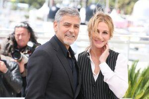 'Coming Soon: Universal Sets Clooney & Roberts-Led Ticket to Paradise for Fall 2022'