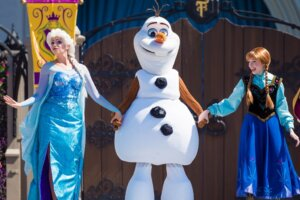 Frozen At Disney World: What To Do At WDW For Fans Of Anna And Elsa