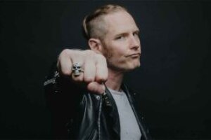 Lars Ulrich was 'so right' in claiming that illegal downloading could destroy the music business, says Corey Taylor