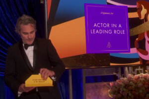"""'Slash Film: Oscars 2021: ABC Executive Talks About the """"Calculated Risk"""" of Ending With the Best Actor Category'"""