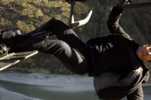 Sounds Like Mission: Impossible's Tom Cruise Loves Stunts So Much It Ruins Takes