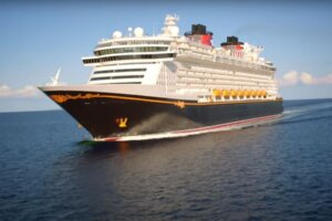Star Wars And Frozen Top List Of Awesome Attractions Heading to Disney's Brand New Cruise Ship