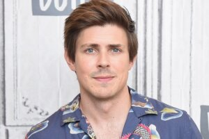'Coming Soon: Chris Lowell Joins My Best Friend's Exorcism Adaptation of Grady Hendrix's Novel'