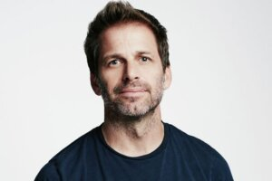'Coming Soon: Zack Snyder Doesn't Think He'd Survive Directing Star Wars'