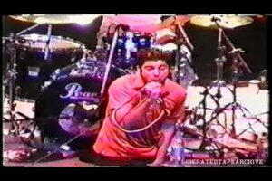 Check Out This DEFTONES Show From 1997