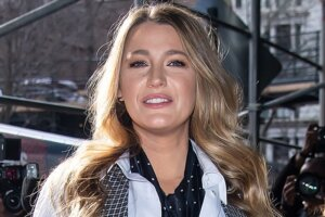 'Coming Soon: Blake Lively to Star in Netflix's Psychological Thriller We Used to Live Here'