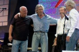 David Gilmour says it's 'pretty unlikely' he and Roger Waters will resolve Pink Floyd feud