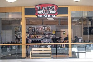 """Expanded """"Living Dead Museum"""" Opening in the Mall from 'Dawn of the Dead' This Weekend!"""