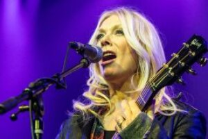 """""""Oh my god, no pressure right?!"""": Nancy Wilson on performing Stairway To Heaven to Led Zeppelin"""
