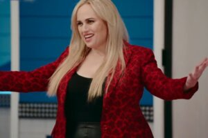Rebel Wilson Debuts Swimsuit Pic, Inspiring Fans After 60 Lb Weight Loss