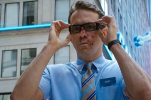 Ryan Reynolds Promises His Free Guy Will Be 'Riddled With' Pop-Culture Easter Eggs