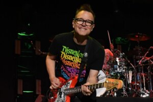 """Blink-182's Mark Hoppus receives the """"best possible news"""" regarding his ongoing cancer battle"""