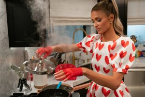 'Coming Soon: Cooking with Paris Trailer Released for Netflix's Unscripted Series'