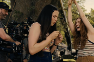 'Fear Street' Blooper Reel Shares Lots of Laughs…and Broken Props From Netflix's Trilogy! [Video]