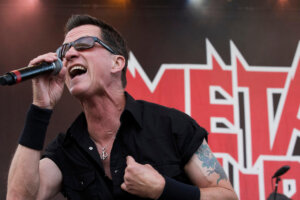 Metal Musicians Pay Tribute to METAL CHURCH's Mike Howe, Who Died Yesterday