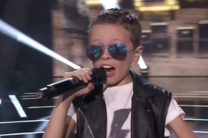 """Metal Injection: Watch This Seven-Year Old Kid Crush AC/DC's """"Back In Black"""" On The Voice Kids Spain"""
