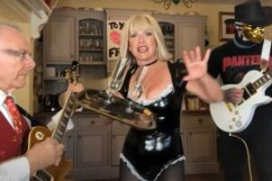 Toyah Willcox and Robert Fripp rip into The Kinks' You Really Got Me