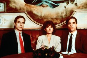 DEAD RINGERS, MOM AND DAD and MAMA Premiere on Horror Channel in October
