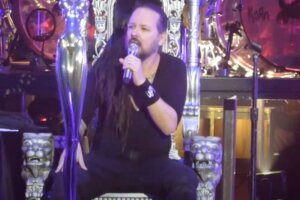 KORN's Jonathan Davis Thanks Fans For Their Support During His COVID Battle