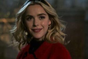 """Here's Your First Look at Kiernan Shipka's Sabrina Spellman on """"Riverdale""""! [Video]"""