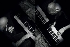 Listen to the Genesis Piano Project's version of Fountain Of Salmacis