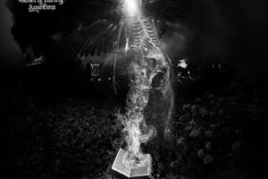 'Relapse Records : FULL OF HELL – Reeking Tunnels (Ghostemane Remix)'