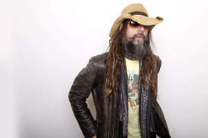 Rob Zombie Shares Photos of 'The Munsters' Cast
