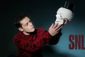 'Slash Film: Rami Malek Impersonates Pete Davidson In A Wholly Satisfying Saturday Night Live (With A Little Help From Daniel Craig)'