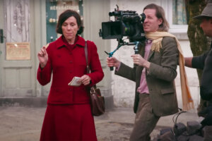 'Slash Film: The French Dispatch Featurette Introduces The All-Star Ensemble Of Wes Anderson's Latest Film'