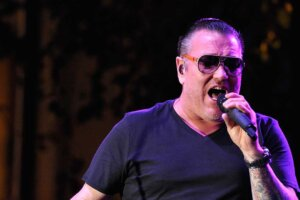 Smash Mouth singer Steve Harwell retires after footage of chaotic show goes viral