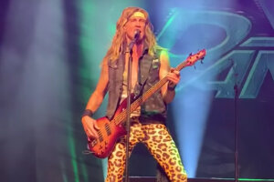 STEEL PANTHER Plays First Show With New Bassist Rikki Dazzle